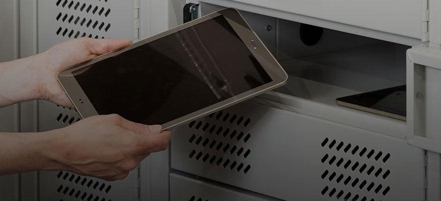 charging-laptop-lockers