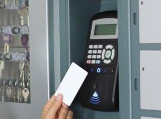 Key-cabinet-authentification-card.jpg